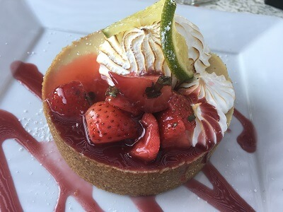 Delicious Key Lime pie with strawberries