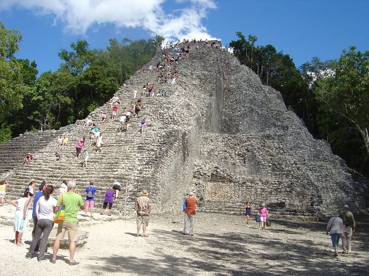 Coba, one of the few pyramids that you can climb