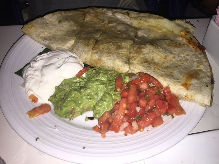 The Cliff's quesadilla especial