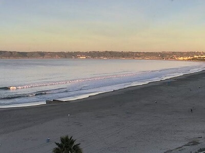 Live webcam view of the beach next to the Hotel del Coronado
