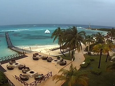 Live view of the beach and pier from the Hyatt Ziva Cancun webcam