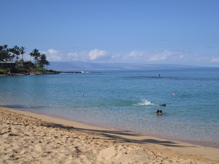 The clear and calm waters of Napili Bay